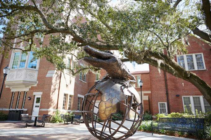 Gator on Top of the World, monuments, Warrington College of Business UF Monuments and Buildings